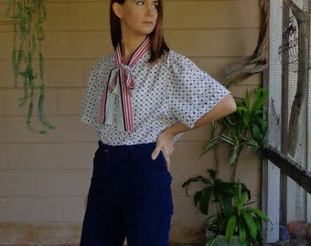 Vintage Blouse / Ascot Bow Button Down / Abstract Print Shirt White Red Blue / Large