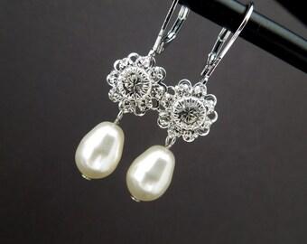 pearl earrings, bridal earrings, wedding pearl earrings, bridal rhinestone earrings, swarovski crystal earrings, crystal earrings, JENNA