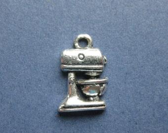 10 Mixer Charms - Mixer Pendants - Mixer - Baking Charm - Cooking Charm - Antique Silver - 16mm x 11mm -- (No.46-10142)