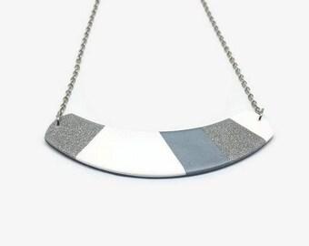 Silver bib necklace, Glitter necklace bib, Bib silver necklace, Fashion necklace gift, Modern minimal necklace, Statement necklace silver