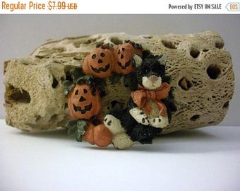 ON SALE Vintage Hand Painted Thicker Larger Resin Pumpkin Halloween Pin 10616