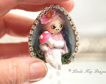 Miniature Spun Cotton Fairy Doll Nut Shell Necklace Handmade Spun Cotton Doll Miniature Woodland Walnut Shell Necklace