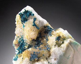Spangolite on Quartz, Bingham, New Mexico