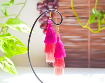 Pink tone tassels • stone beads • vintage earrings • tassel earrings• boho earrings