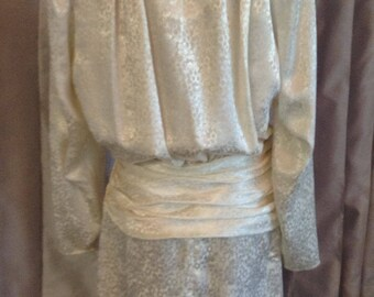 Argenti. Boutique 1980s cream white classic vintage dress