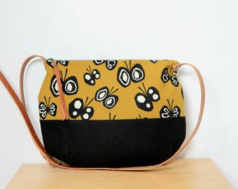 Canvas crossbody purse in black and mustard yellow, Butterfly print purse, Zipped crossbody bag, Leather strap purse Modern purse for woman