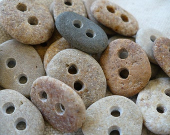 5 BABY STONE BUTTONS...5 sweet little hand drilled beach stones-sewing notion organic supplies button-wedding party knitting