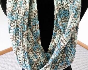 ON SALE Infinity Cowl Scarf - Chunky Scarf, Scarves for Women, Unisex Scarf, Crochet Neckarmer Scarf, Circle Scarf, Cowl Scarf, Handmade Sca