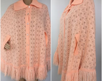 1970s Peach Fringed Sweater Shawl Poncho - Vintage