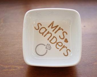Ring Dish, Glitter Ring Holder, Engagement Gift, Personalized Ring Dish, Jewelry Dish, Engagement Ring Dish, Future Mrs. Gift, Jewelry Box