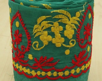 Free Shipping Vintage Indian Sari Trim Border Sewing Lace Green Antique Embroidered 1YD Ribbon VB12549