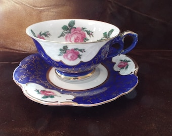 Cup and saucer, Bavarian with roses