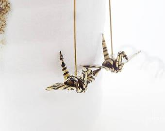 Boucles d'oreilles origami grue motif japonais noir et or