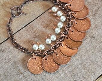 Upcycled Pennies, Repurposed Canadian Pennies Bracelet 1970s 1980s 1990s, 10 coins bracelet, 9 Pearls and Beads, OOAK, Copper Bracelet