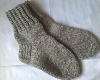 Socks Wool Socks Women socks Men socks Hand knitting Socks size UK6-8  EUR39-41 US7-9 Warm socks Grey socks Foot warmer