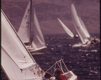 Poster, Many Sizes Available; A Good Wind And A Good Sail On Hoover Dam'S Lake Mead Nara 549082