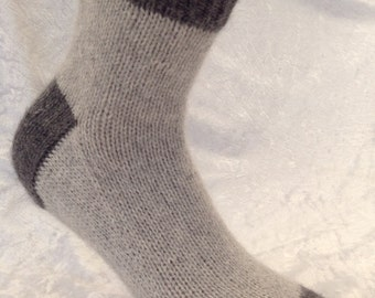 Cashmere socks by Willow Luxury ( to fit men's shoe size UK 9-11, US 9-11.5,European 42-44/45)