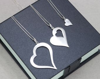 Gift Grandmother Mother Daughter Necklace Generations Necklace 3 Heart Necklace Three Sisters Granddaughter Necklace set sterling silver 925