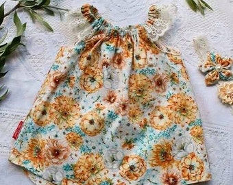 Swing Top with Lace - Golden Blooms - Butterflies and Blooms Summer Collection