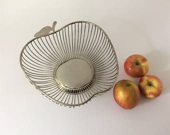 Plated Wire Bread Basket, Vintage Apple Shape Bowl, Silver Plated Fruit Basket, Metal Basket, Modern Centerpiece, Mid Century Minimalist