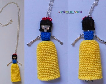 Necklaces inspired by the Disney princesses