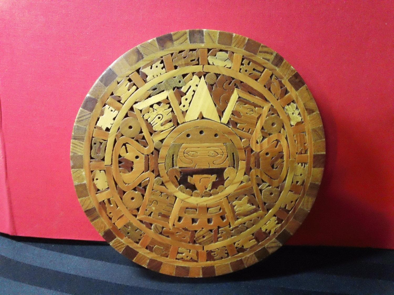 Vintage Handcrafted 8 Aztec Sun Stone Calendar replica