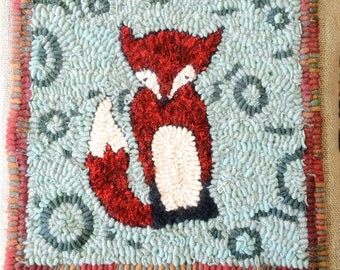 Little Fox Hooked Pillow Rug Hooking Pattern