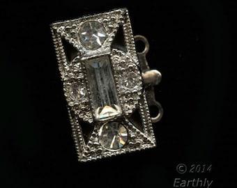 Vintage rhinestone and silver 2-strand push-in box clasp. b8-300(e)