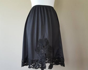 XL / Half Slip / Black Nylon / Lace Hem / Cathedral Slit / Extra Large