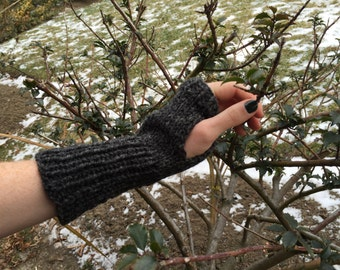 Knit Arm Warmers, fingerless mittens, wool, dark grey,  texting gloves, gloves, wool, mid-length, ribbed