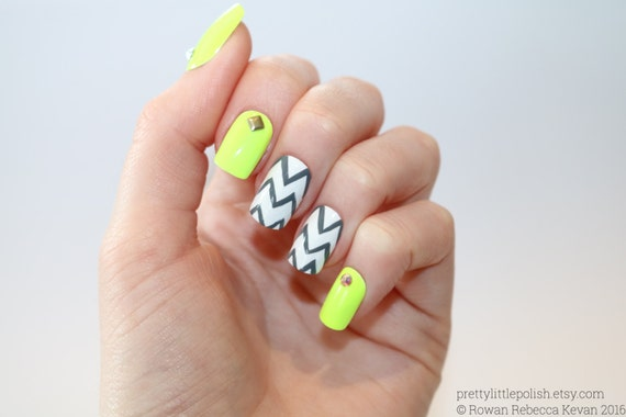Stiletto nails Neon yellow short square nails Fake nails