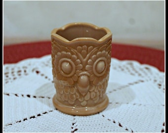 Vintage Bob St. Clair Beige Owl Toothpick Holder, Collectible Owl, Kitschy Owl, Cottage Chic Decor, Kitchen Decor, Saint Clair Owl