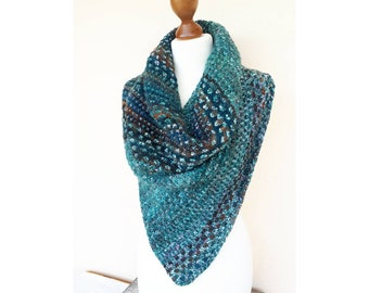 Cowl hand knitted in hand woven wool