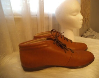 Vintage Brown Ankle Boots ~ Soft Spots Woman's 9 1/2  ~ Granny Boots ~ Hipster Lace ups