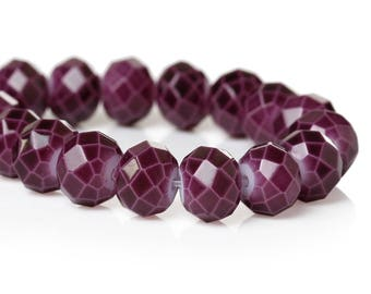 PV49 - Set of 12 plum purple 8mm faceted glass beads