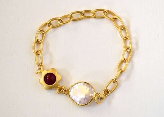 Gold Link Chain Bracelet with , Ruby jade flower charm and  baroque freshwater pearl , lobster clasp, 22k gold plated , 7.5 inch length