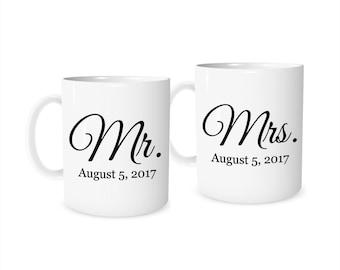 Wedding Gift, Personalized Wedding Gift, Mr and Mrs Mugs, Bridal Shower Gift, Bride, Groom, Wedding Present, Wedding Gift Couple, Gift Set