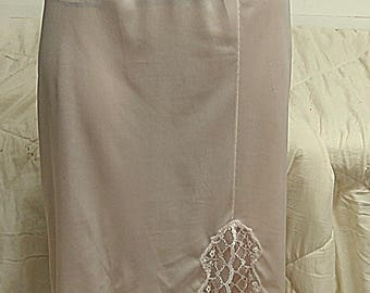 French Maid Vintage   Half Slip  Small  #511