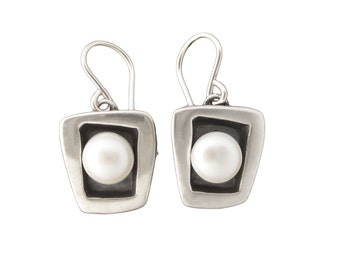 Modern Pearl Earrings  - June Birthday Earrings - Sterling Silver and Freshwater Pearl Dangle Earrings with Black Patina