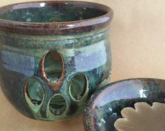 Wax Melter Oil Warmer Hand Thrown Ceramic - Amazon Green