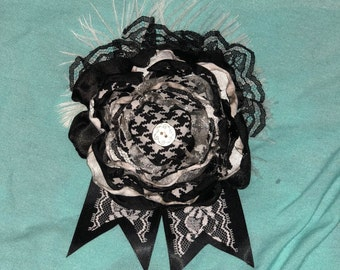 Black and White Hounds-tooth broach