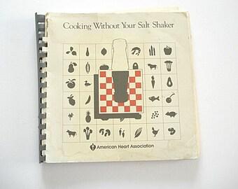Cooking Without Your Salt Shaker,Salt,Cooking Tips,Without Salt, Healthy Recipes ,Salads, Low Salt Diet, Low Salt Cookbooks, kitchen library