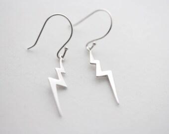 Silver Lightning bolt earrings. 925 Sterling silver Lightning bolt earrings. Thunderstorm earrings, silver dangle earrings, hook earrings,