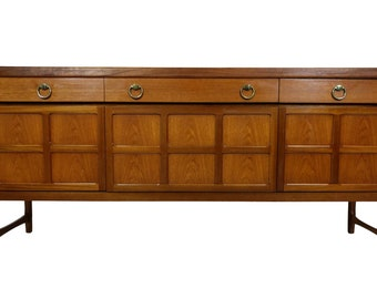 Mid Century Credenza Bar or Media console by Nathan