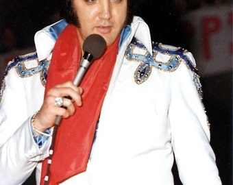Elvis Presley ,  Elvis in Jackson, MS May 5th, 1975 doing a benefit show