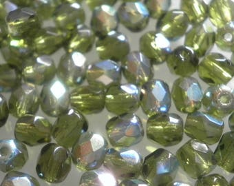 25 faceted beads 4 mm Olivine AB