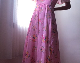 Channel Gucci !!! / 70s Floral Maxi Dress / Californian Whimsy / Vintage /  Sheer / Bohemian / Dreamy and Very Now!