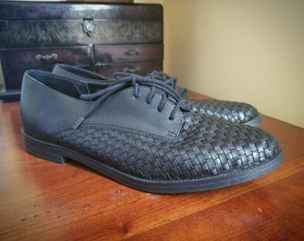 Black Woven Leather Oxford Lace Up Flats 9