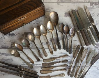 29 Pieces of Antique Silver Flatware - Joseph Rodgers Cutler to Her Majesty -Victorian Silverplate