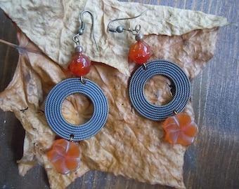 Flower carnelian earring
